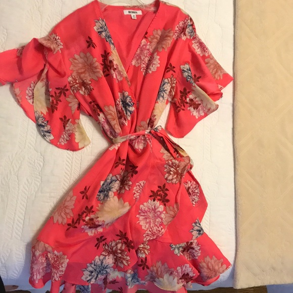 BB Dakota Dresses & Skirts - BB Dakota Wrap Dress